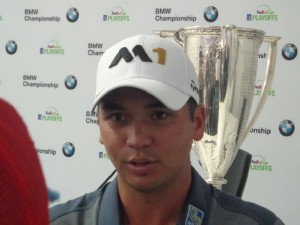 DSC05331 Jason Day trophy 2 DS